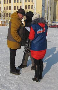 Кировчане массово жалуются на заснеженные дворы